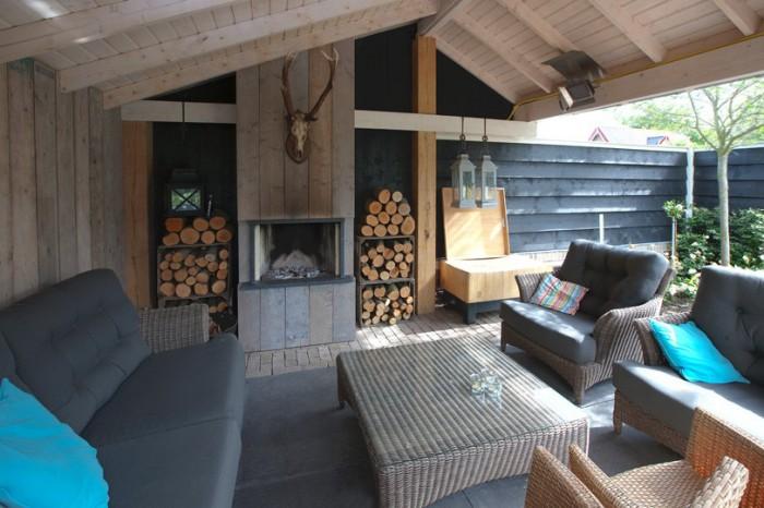 Trend de buitenkamer in uw tuin garden design peter vergeer tuinontwerp tuinonderhoud en - Scheiding ingang lounge ...